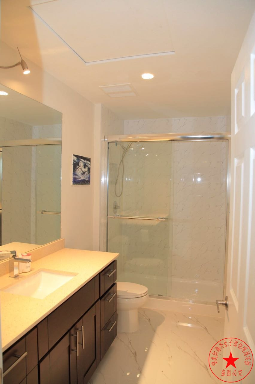 温哥华生子中心浴室梳洗台图